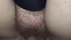Shane Kassin se masturba y se pone un coño de ébano y apretado por dentro