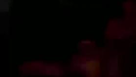 Madrastra consolador Erika Reese mientras ella en el culo sexy de su hijo y chorros y beso negro