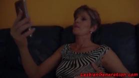 Lesbianas maduras amateurs lesbianas alrededor de la casa