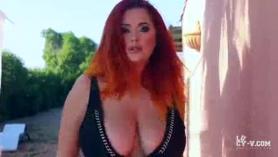 Sexy PAWG Lucy Carrera obtiene su coño destruido