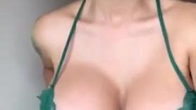 Videos porno de chicas virgenes verde