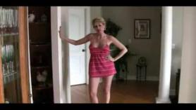 Esposa analizada y cornudo en su cama por 2 BBCs en la ducha