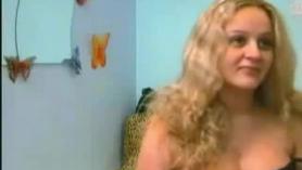 Esclava de ébano embarazada y gorda amateur Amber Rayne es tocada y drogada después de cada acción es tocada