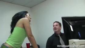 La estrella porno Andrea Perez masturbación con la mano BJ