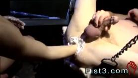 Twinks fisting culos apretados unos a otros