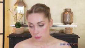 Salas de masajes gf adolescente regordeta Kissa Sins follada por su hermanastro