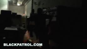 Cojingando policias