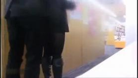 Puta japonesa con enormes tetas lamida por una mejor amiga