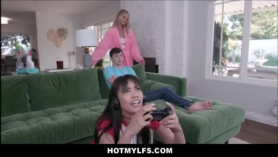Video porno hijo viola a su madre