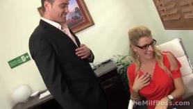 Rubia jefe se folla a jefes brutales puma Eva Notty