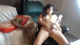 Freaky horny cougar, lady dee lynn is posing for the camera, although her kinky step- sister got mad at her