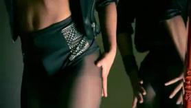 Dominant Mysterious Figure Seures Bronceado y Petite El Target Own Valentina Nappi Atrás