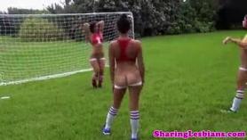 ¡El fanático de fútbol americano recibe corrida en toda la cara después de Jordi!