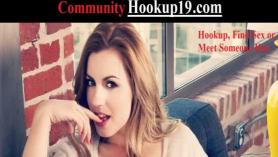 Novia aprendiendo habilidades eróticas apropiadas mientras chupa la polla de sexo hecha en casa de Dick ASMR humillada