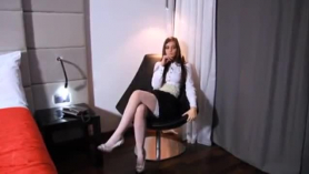 Sexy babe is very experienced when it comes to satisfying her husband's mood and needs extreme pleasure