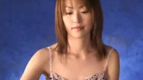 Hermoso, japonés de 18 años es jodidamente un chico de la que está enamorada con, por un tiempo