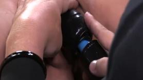 Jynx Maze está gimiendo mientras su novio se está conectando con otra mujer temprano en la mañana.