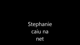 Stephanie North y Anjelica follada por la piscina