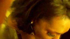 Hermosa dama rubia con coño peluda, Jasmine Cole quiere ser follada tan profunda como ella